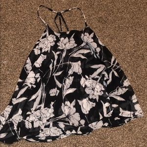 Black and white floral flowy tank